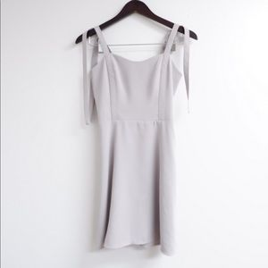 ARITZIA SUNDAY BEST WELLER DRESS NWOT ☁️🤍